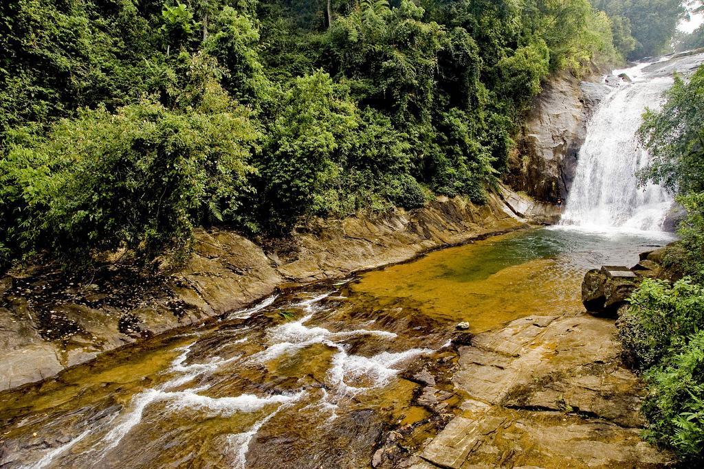 Макели (Makeli Falls)