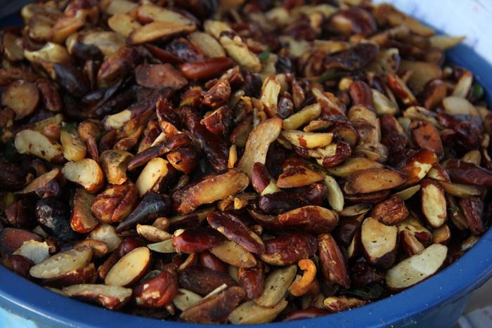 Жареные семена джекфрута