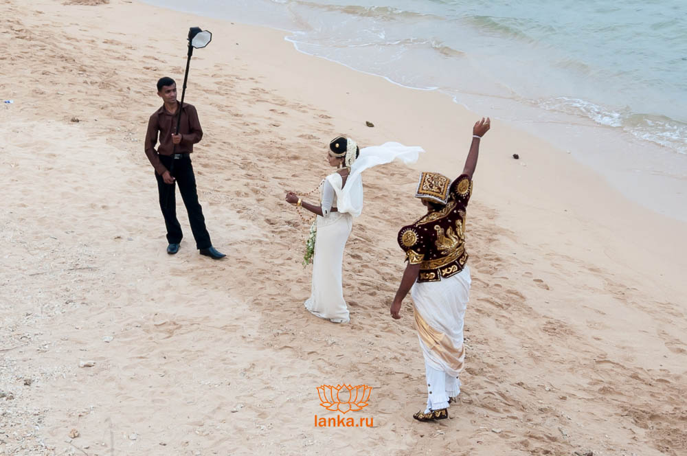 Шри-Ланка. Свадебная фотография на берегу Индийского океана