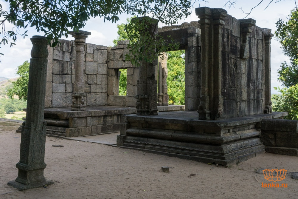 Дворец Япахувы (Yapahuwa)