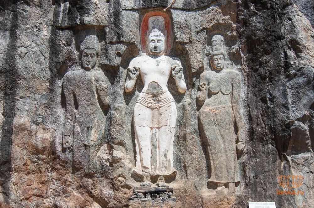 Неизвестная скульптура, Авалокитешвара и Тара
