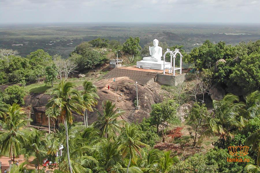 картинка фотография курорта Михинтале на Шри-Ланке