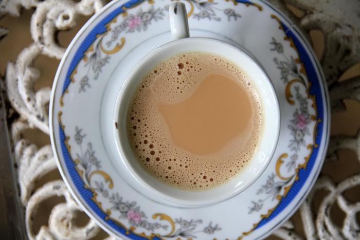 Цейлонский чай с молоком
