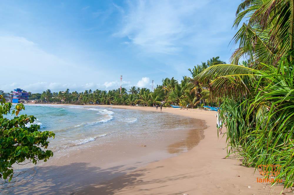 Пляж Хиккадувы