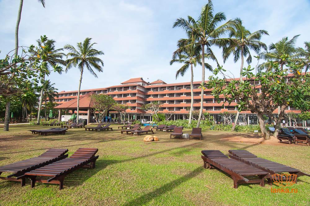 Отель в Хиккадуве
