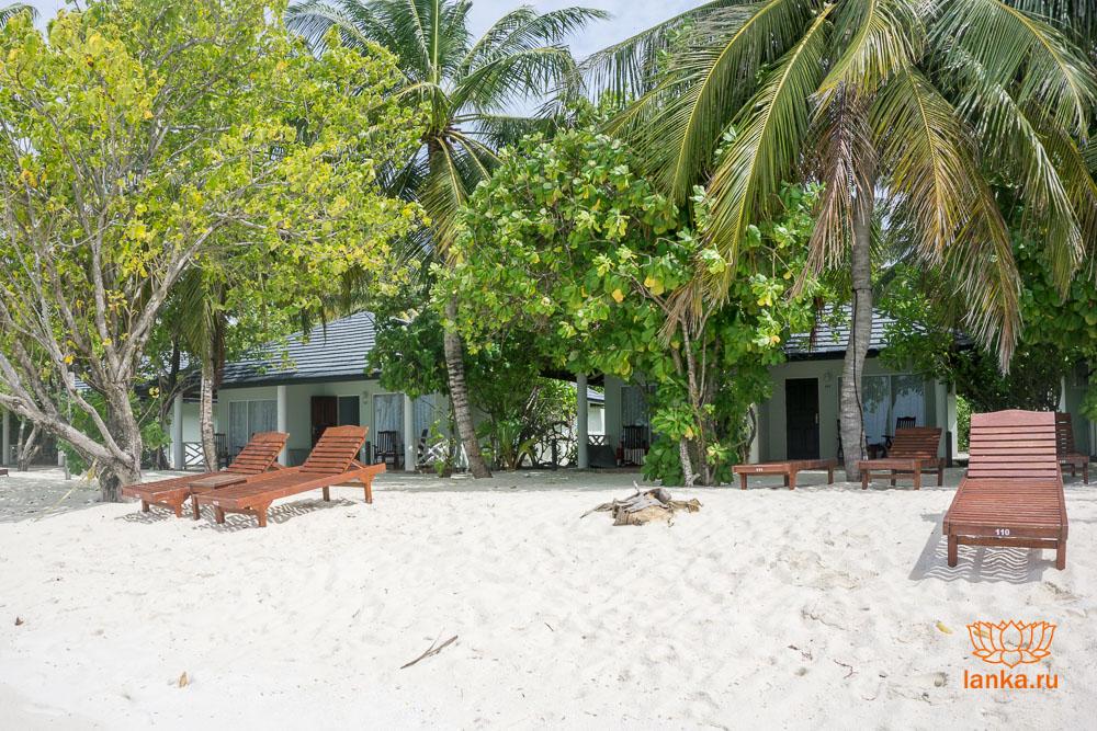 Мальдивы. Бунгало на пляже