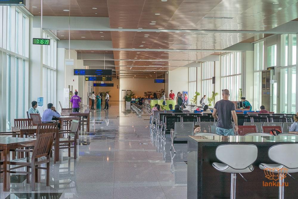Зал ожидания аэропорта Маттала