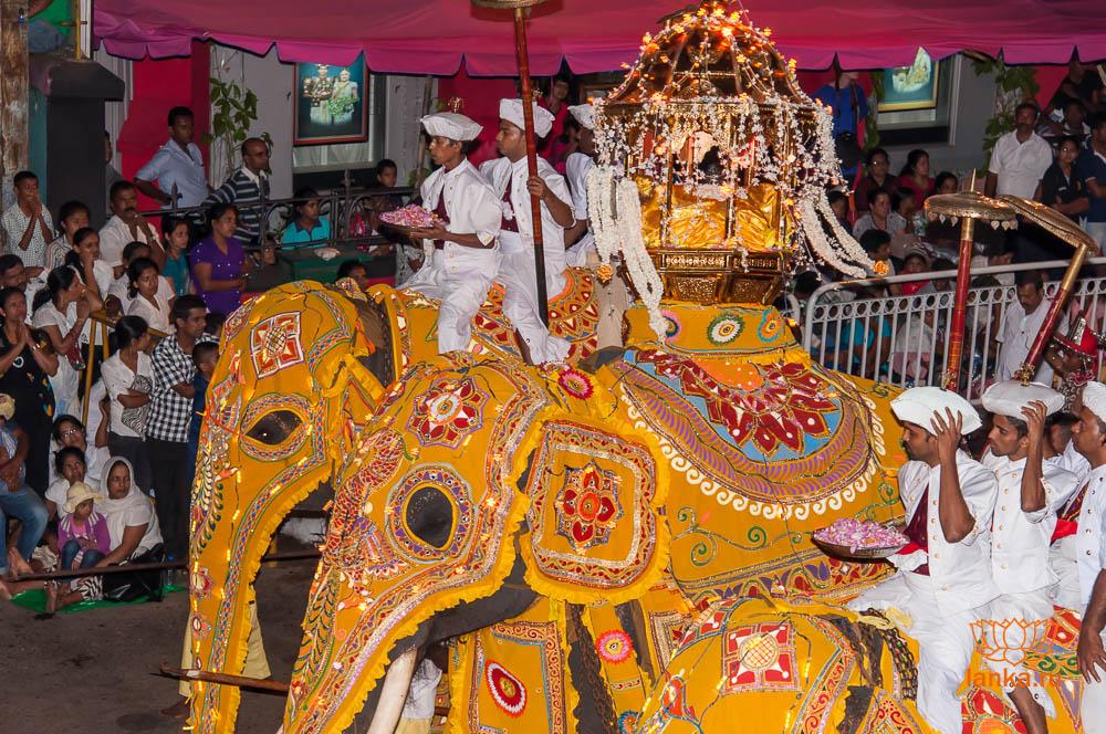 Национальные праздники Шри-Ланки