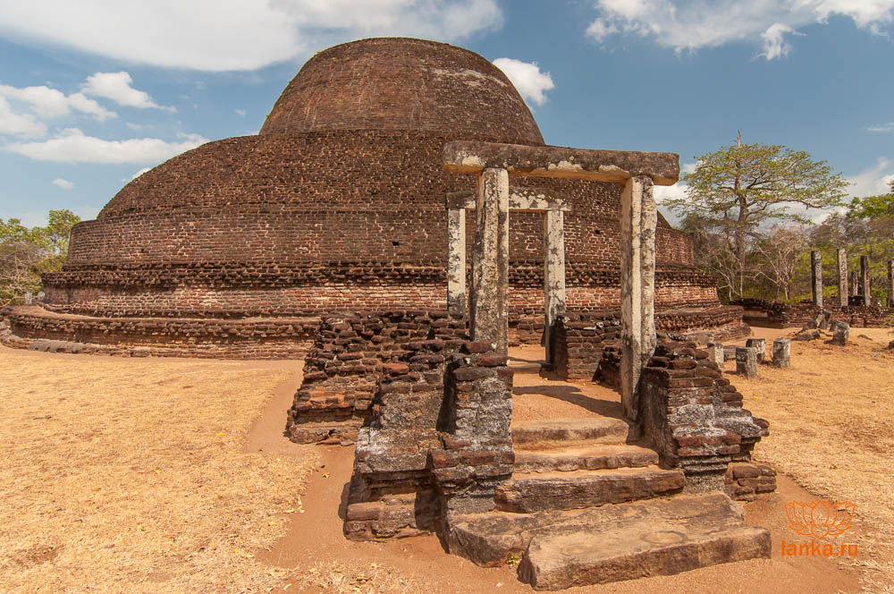 Пабала Вихара, Полоннарува (Pabala Vihara, Polonnaruwa)