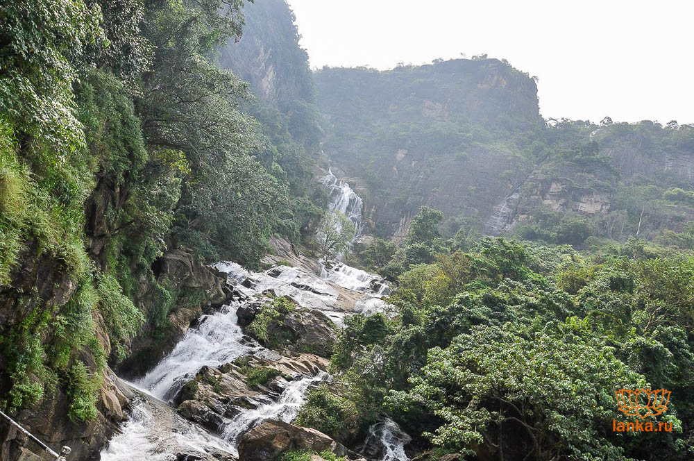 Водопад в Шри-Ланке
